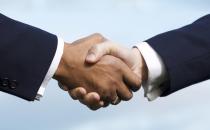vertrauensvolle Kundenbeziehung, Hände schütteln